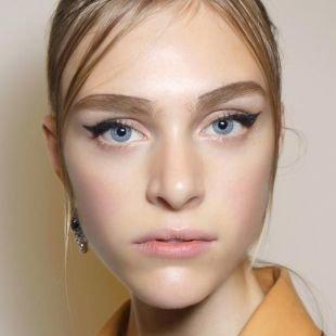 Макияж для блондинок с голубыми глазами, весенний макияж для овального лица