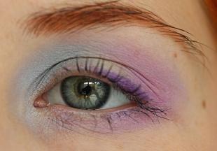 Макияж для рыжих с голубыми глазами, макияж серых глаз с использованием голубых и фиолетовых теней