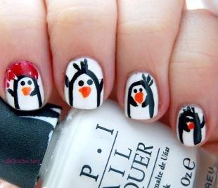 Черные рисунки на ногтях, маникюр на коротких ногтях с пингвинами