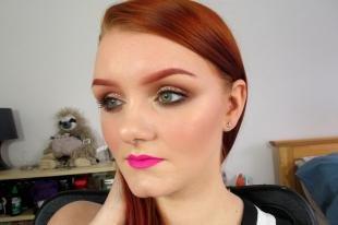 Темный макияж для рыжих, макияж для зеленых глаз и ярко-рыжих волос