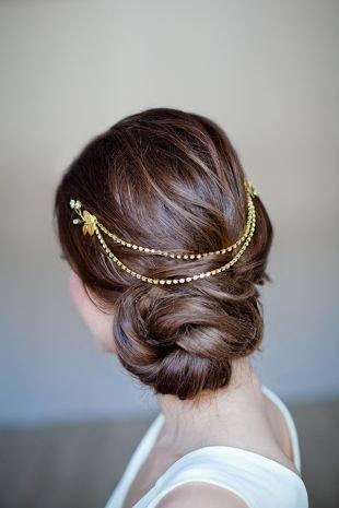 Греческая прическа с челкой, свадебная прическа для длинных волос в греческом стиле