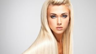 Татуаж бровей, макияж для блондинок с голубыми глазами