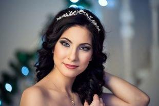 Свадебный макияж в серых тонах, вечерний вариант свадебного макияжа для зеленых глаз
