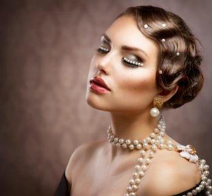Свадебный макияж с стразами, яркий вечерний макияж в стиле ретро