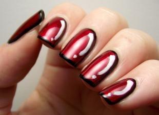 Черный французский маникюр, дизайн ногтей с черным и красным лаками