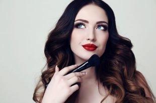Как подобрать макияж по форме лица: а ваш макияж идет вам?