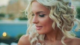 Свадебный макияж для круглого лица, свадебный макияж для блондинок в натуральных тонах