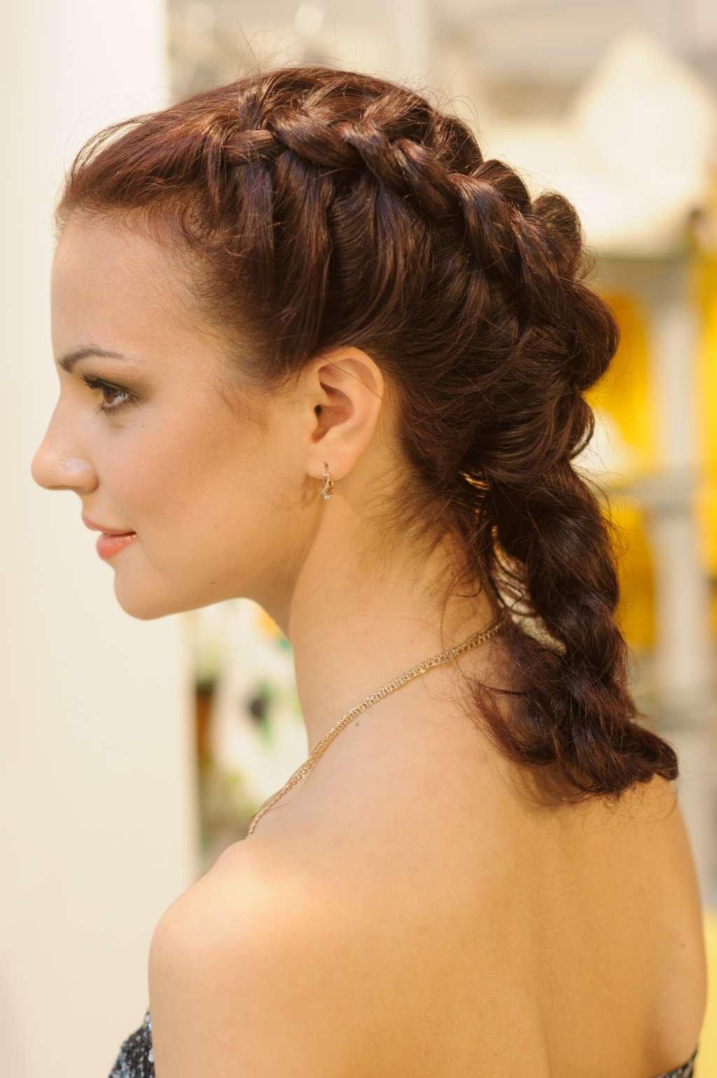 Французские прически волосы средней длинны