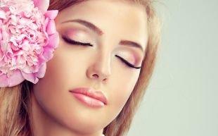 Макияж для овального лица, дневной макияж голубых глаз
