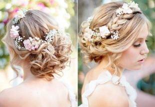 Свадебные прически на средние волосы, нежная прическа с косами на выпускной