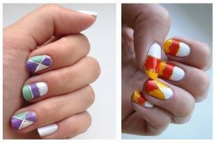Летний маникюр на коротких ногтях, стильный дизайн ногтей с помощью фольги