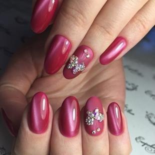 Рисунки блестками на ногтях, красивый маникюр на день рождения