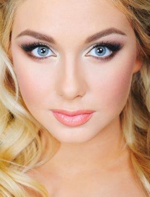 Макияж для голубых глаз, шикарный свадебный макияж