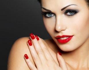 Голливудский макияж, макияж на дискотеку для серых глаз