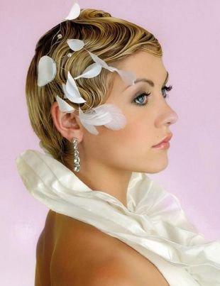 Свадебные прически с челкой, элегантная свадебная прическа на короткие волосы