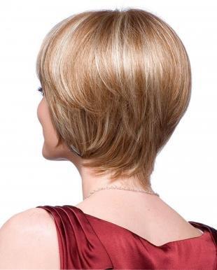 Цвет волос ольха на короткие волосы, модельная стрижка для женщин после 40 лет