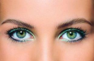 Макияж для голубых глаз с голубыми тенями, летний макияж для зеленых глаз