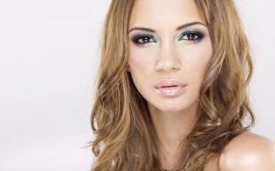 Красивый макияж, стильный летний макияж для карих глаз