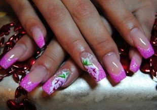 Френч с блестками, китайская роспись на ногтях - пионы