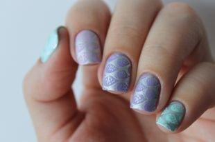 Современные рисунки на ногтях, нежный морской маникюр