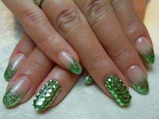 Зеленый френч, французский маникюр в стиле «миллениум»
