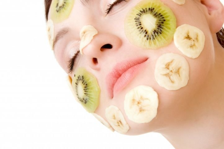 Увлажняющая маска из киви и банана для нормальной кожи